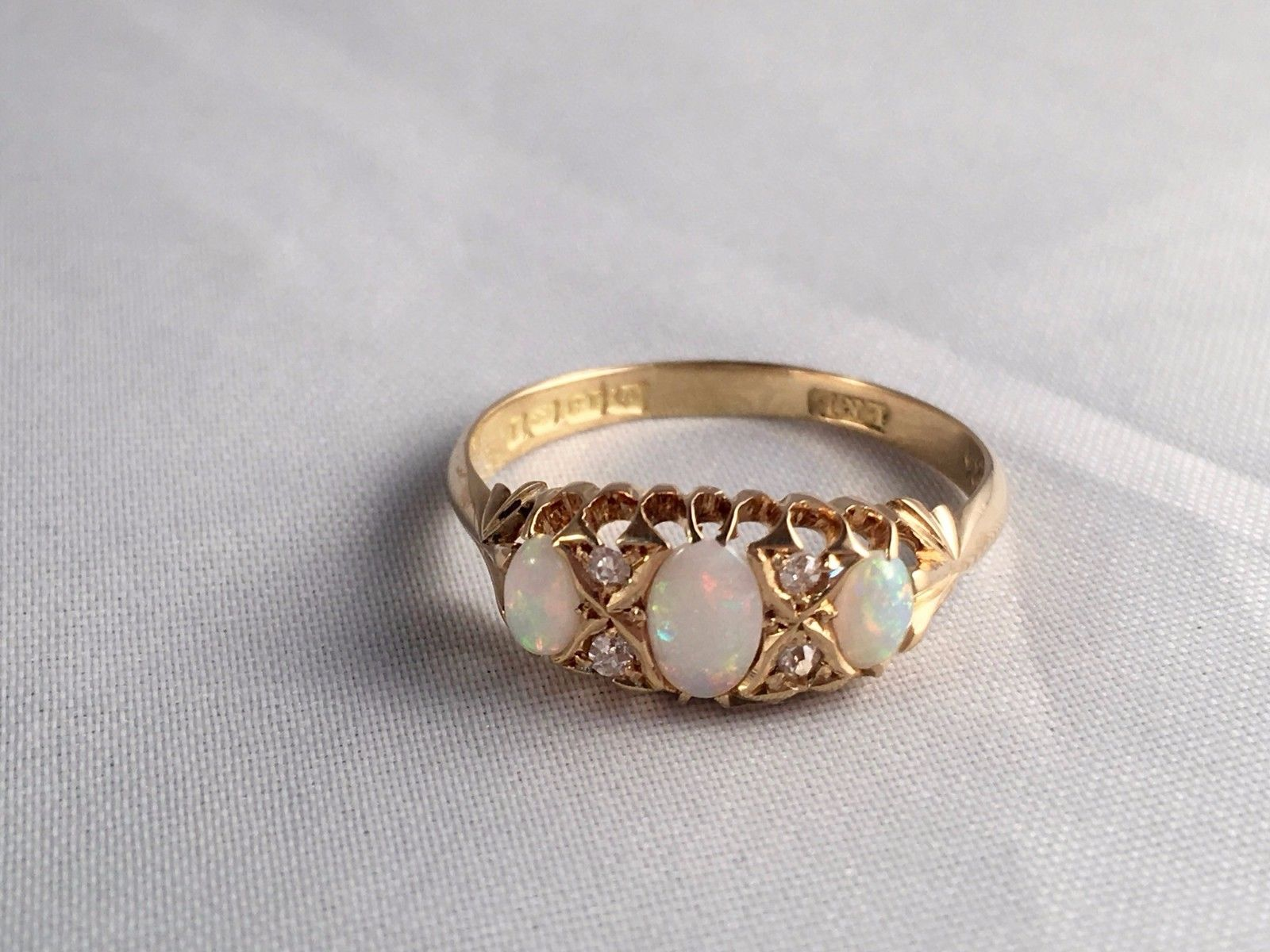 18ct Yellow Gold Antique Victorian Opal Amp Diamond Ring