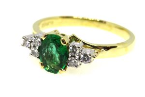 emerald and diamond vintage ring