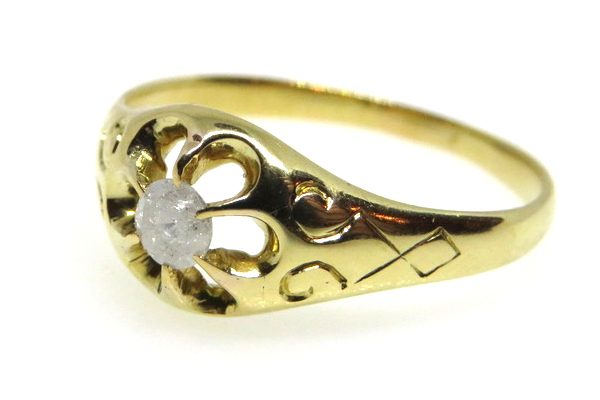 victorian claw set diamond solitaire