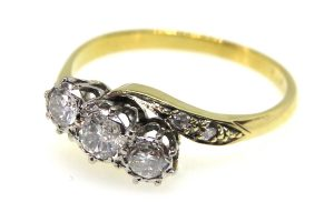 art deco diamond trilogy ring
