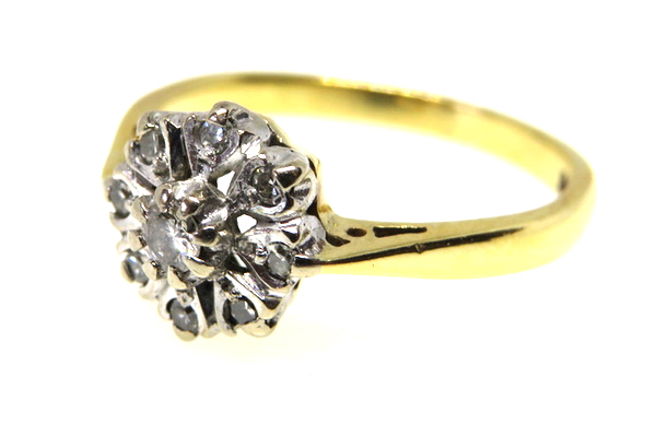 18ct yellow gold vintage diamond cluster ring