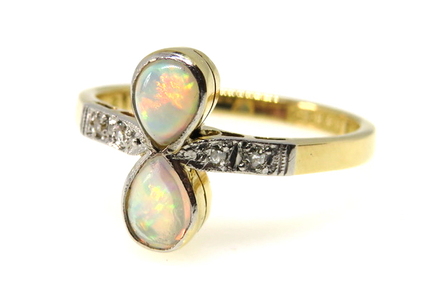 18ct Yellow Gold Art Deco Opal and Diamond Ring