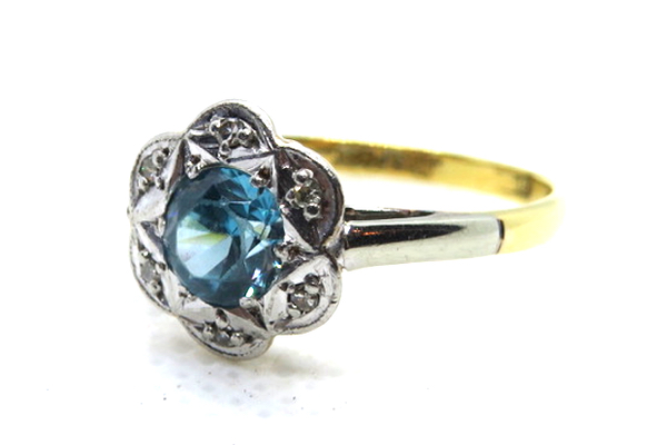 art deco clue zircon and diamond ring