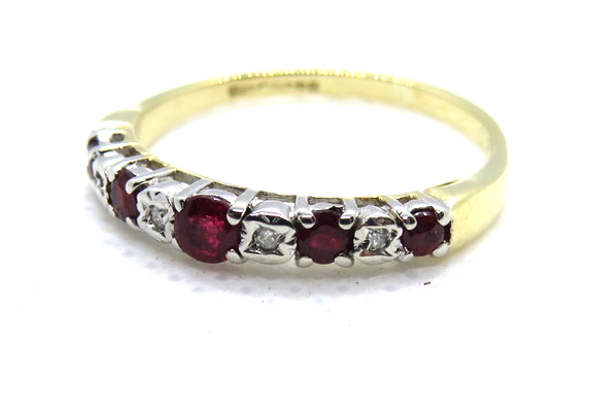 9ct 375 yellow gold ruby and diamond ring