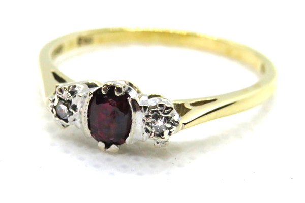 vintage ruby and diamond trilogy ring