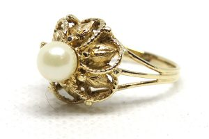 9ct Yellow Gold Vintage Pearl Statement Ring